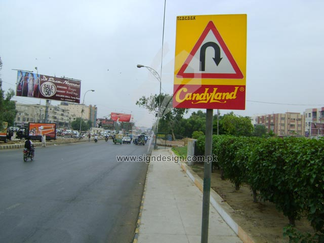 U Turn Traffic Sign